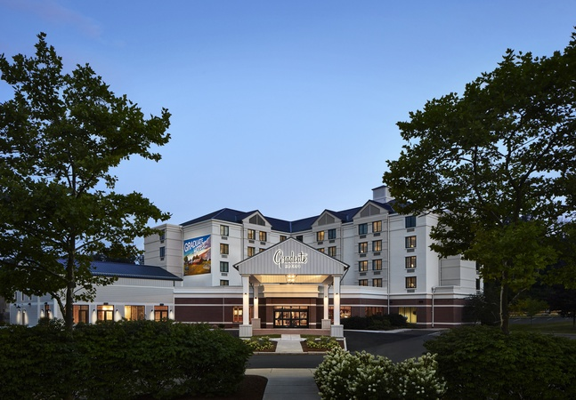 The Graduate Storrs Hotel