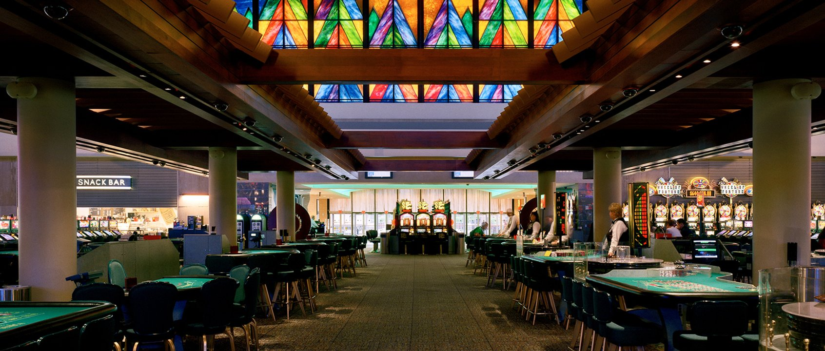 Seneca niagara casino restaurant napoleon casino hull