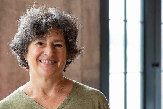 Image of Julie Trachtenberg